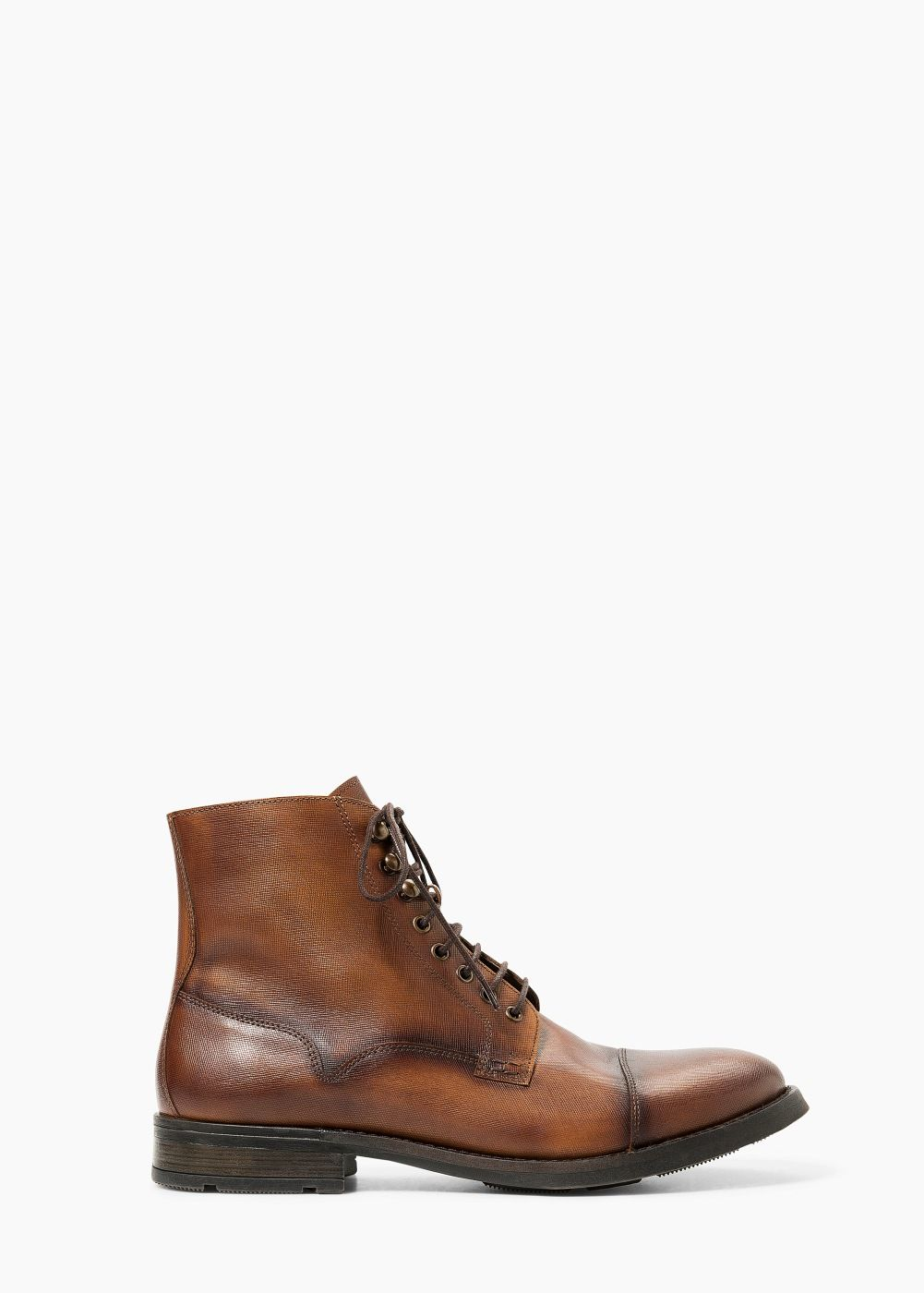 9834bd8fbfb8bd Leren laarzen - Schoenen voor Heren | MANGO Bottes Cuir, Chaussures Homme,  Chaussure Mode
