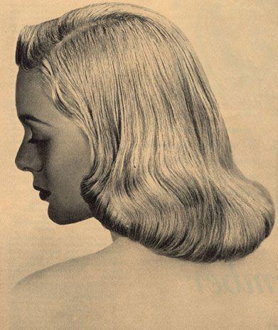 1950s Pageboy Hairstyle Summer Wind Elegant Headscarf Pageboy Hairstyle Vintage Hairstyles Hair Styles