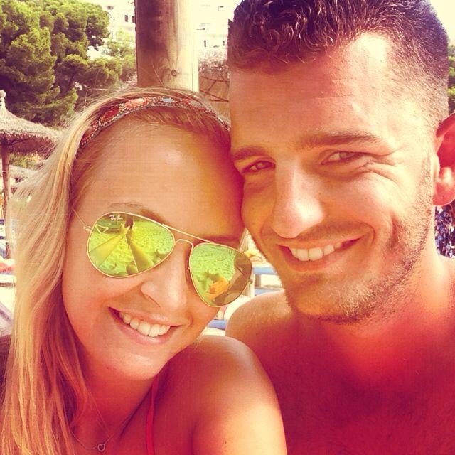 Vakantie! #boyfriend #beach #mallorca #illetasbeach #rayban