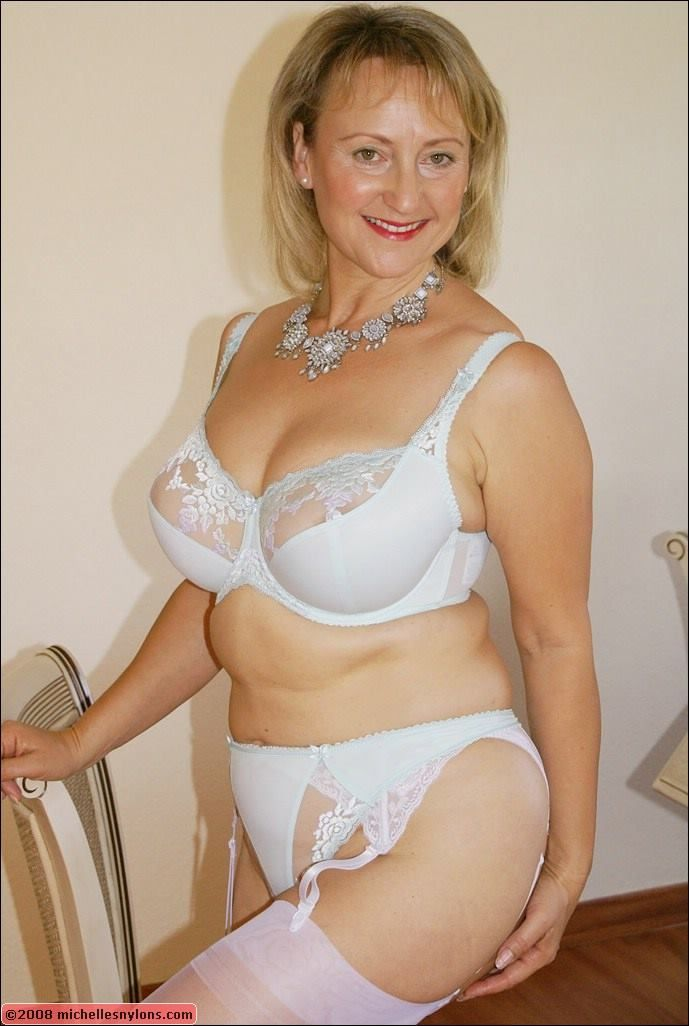 MATURE ASIAN WIFE IN WITHE LINGERIE