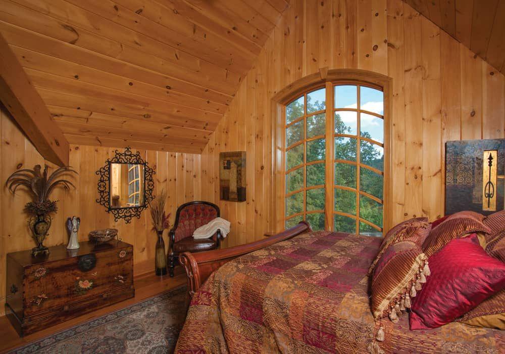 Dale Hallow, Kentucky Guest Bedroom