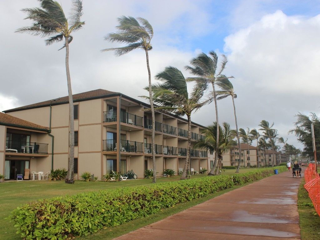 Kapaa Vacation Rental Vrbo 12934 1 Br Coconut Coast Condo In