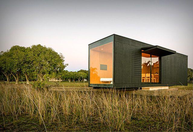 Maison usin e par les maisons bonneville maisons qui valent le coup d 39 oeil pinterest for Mini maison usinee