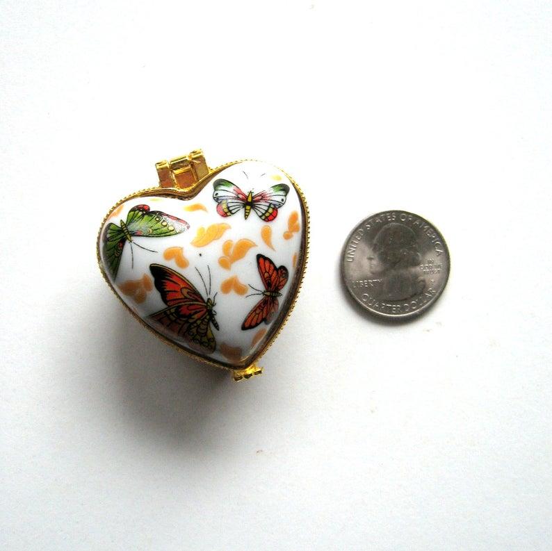 Vintage porcelain box  Butterflies  Heart box hinged box ring box small box gift box presentation box jewelry gift Souvenir boxbox