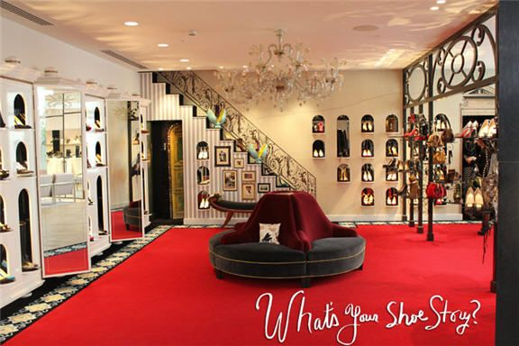 louboutin boutique in paris