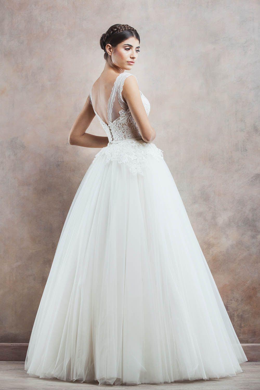 Rochie de mireasa April   Divine Atelier #collection #dress #wedding ...