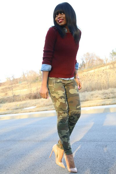4f34657f army green camouflage Zara pants - crimson Forever21 sweater | How ...