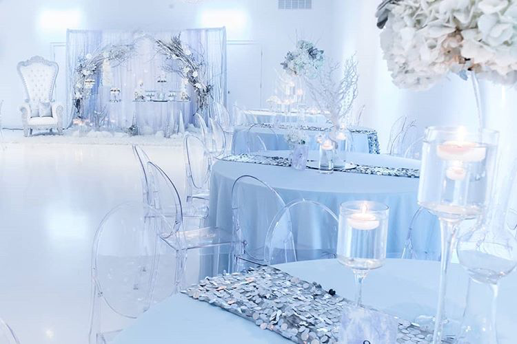 "Glam Occasions on Instagram: ""Baby It's Cold Outside! Winter Wonderland Babyshower.... Photography by @purroy_family_decor  #winterwonderland #winterwonderbabyshower…"" #winterwonderlandbabyshowerideas"