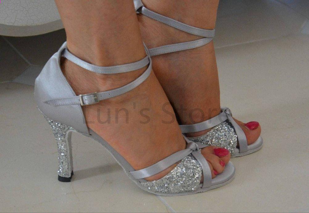Nowe Damskie Srebrne Satynowe I Srebrne Blyszczace Latynoamerykanskie Buty Do Tanca Salsowego Tango Salsa Dance Shoes Daddy Daughter Dance Dresses Salsa Shoes