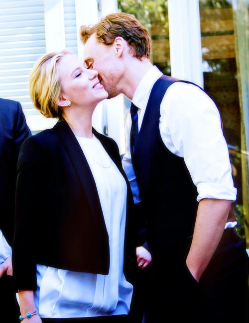 Scarlett Johansson Tom Hiddleston Dating - Scarlett
