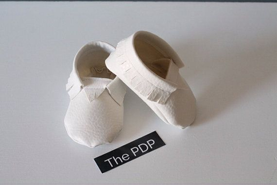 Hey, I found this really awesome Etsy listing at https://www.etsy.com/listing/183714826/baby-moccasins-perfect-white-or-light