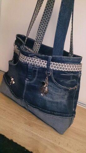 fabrication habile toujours populaire obtenir de nouveaux Épinglé par Rosie Pressler sur Purses | Sacoche en jeans ...