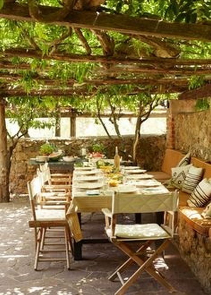 Awesome 50+ Dining Room Facing Garden Ideas_20 Gallery