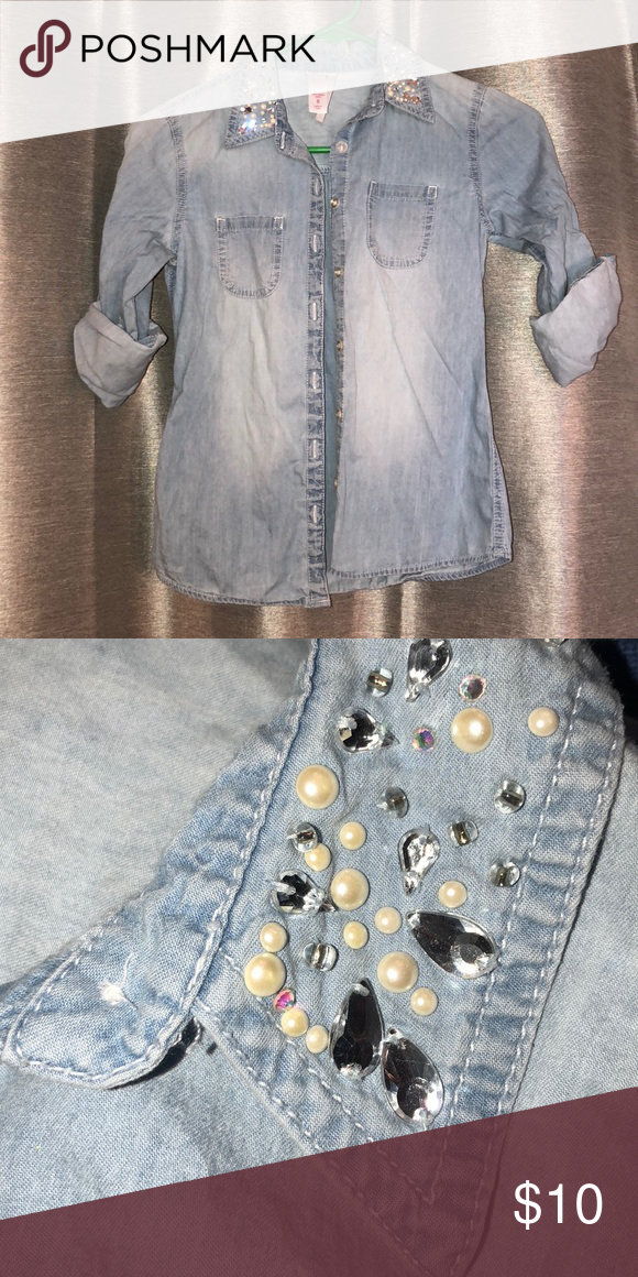 5e67a1ec511 Justice Brand Girls Denim 3 4 Sleeve with Bling Justice Girls Size 8 Denim  Shirt with Roll-up Sleeves and bling rhinestone and pearl accents on collar.