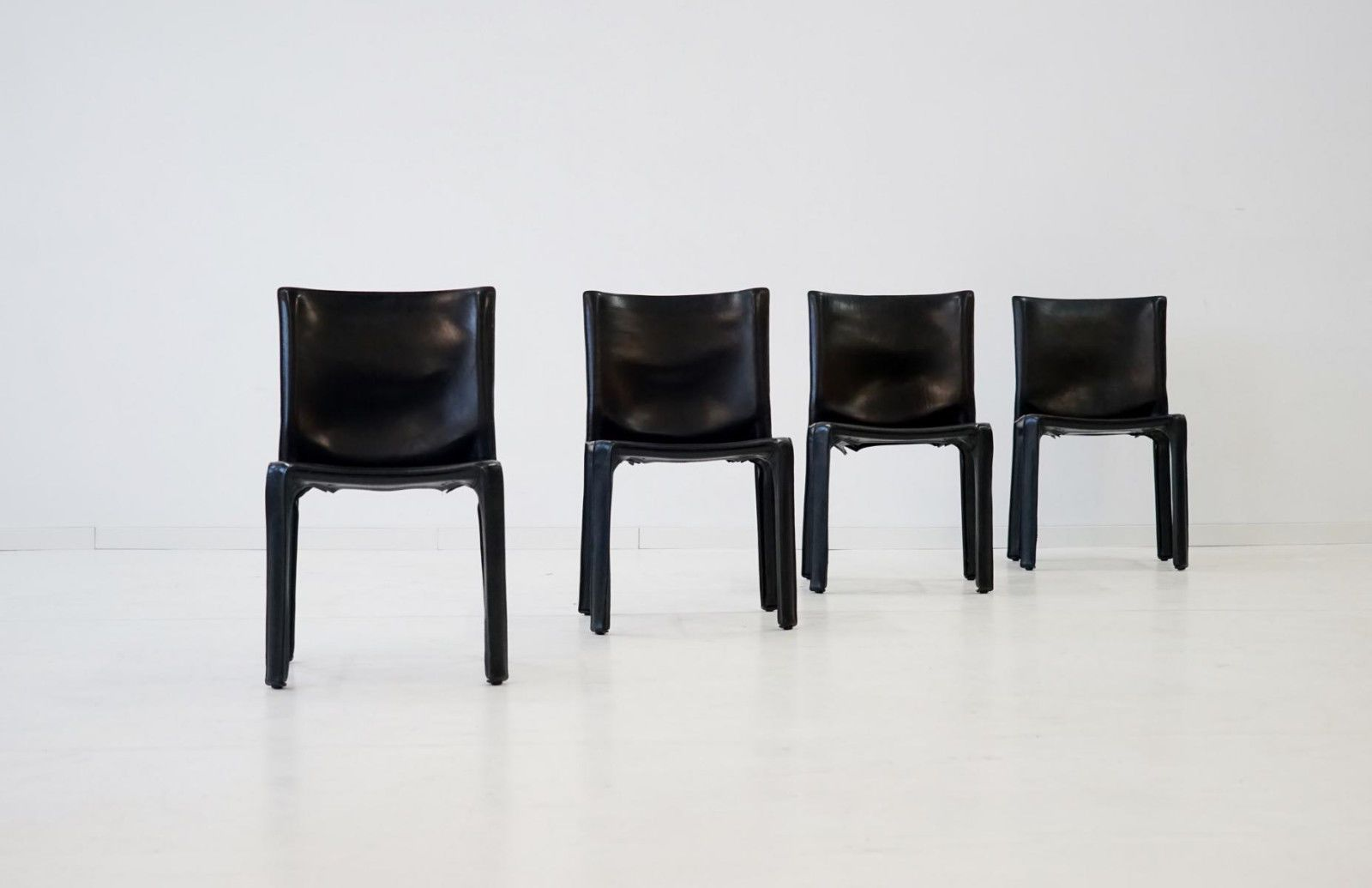 Set Of 4 Leather 412 CAB Chairs By Mario Bellini For Cassina Stuhle Stühle  Chair