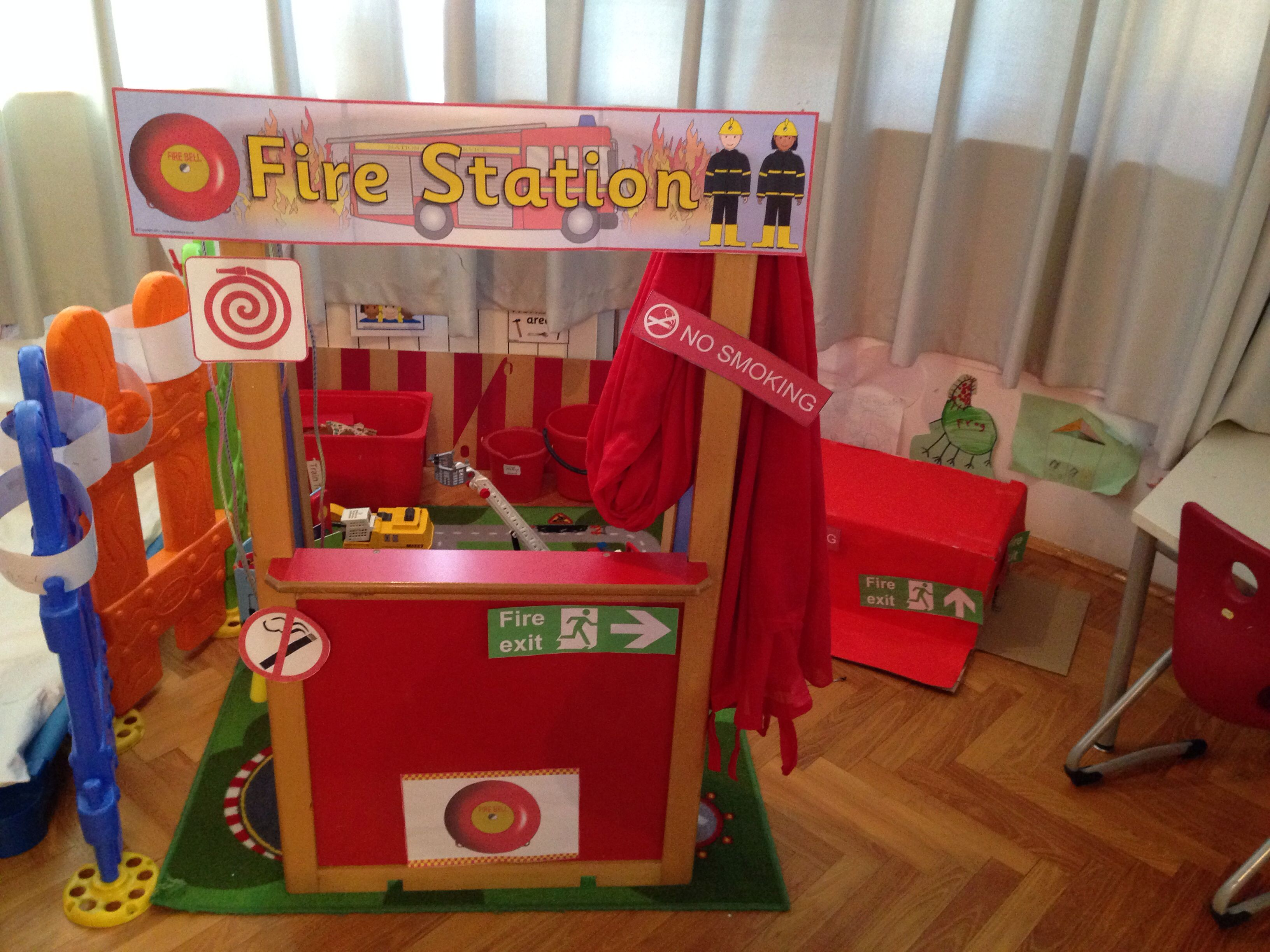 Fire station roleplay area role play areas pinterest for Raumgestaltung pinterest