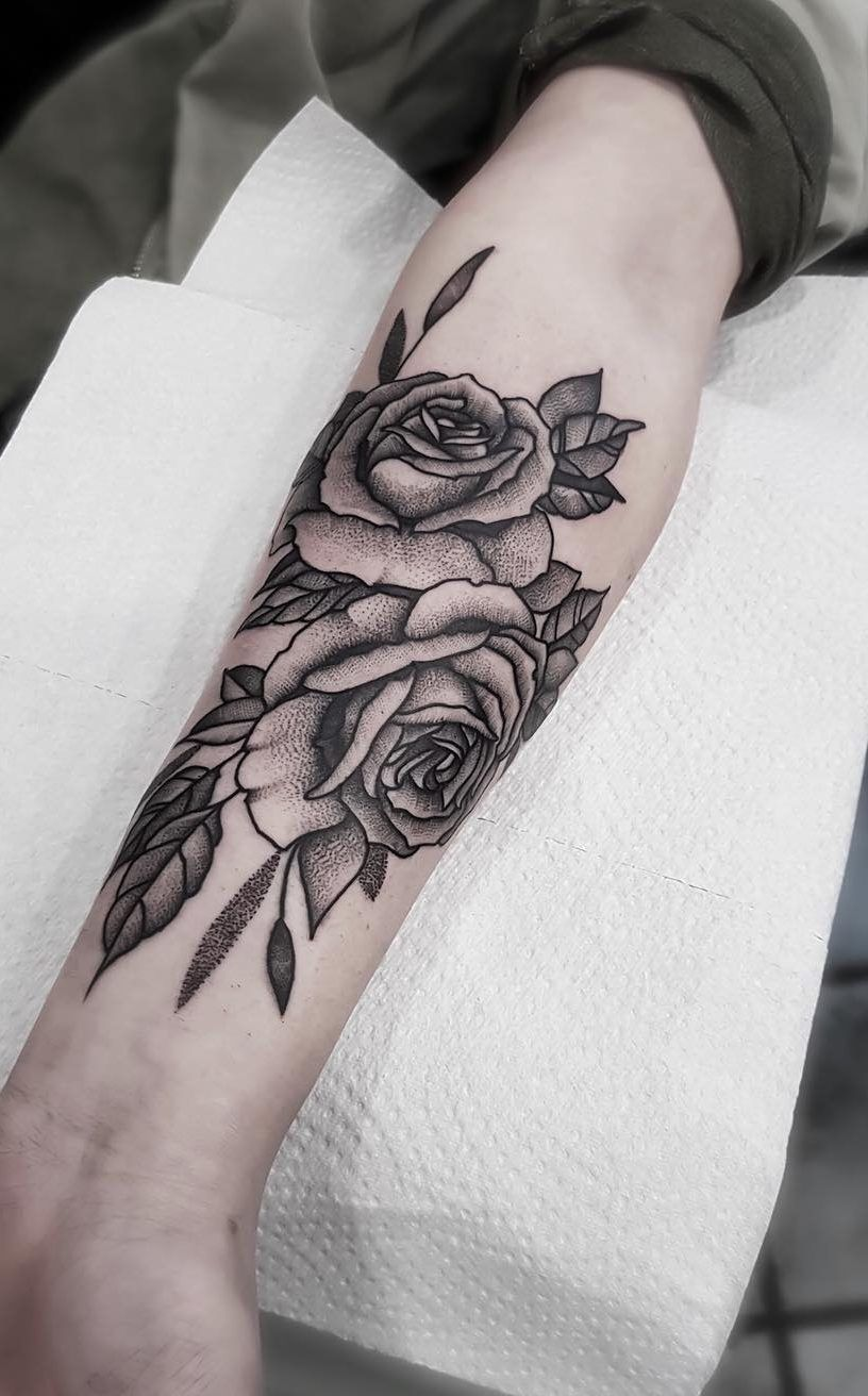 42+ Amazing Must Have Rose Tattoos ! This Year Design
