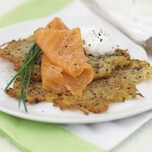 Hash browns with mustard & smoked salmon