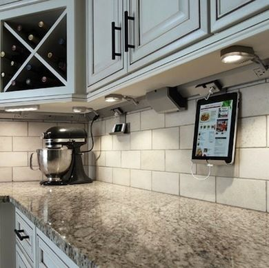 Under Cabinet Lighting 10 Shining Examples Kitchen Inspirations Home Kitchens Cabinet Lighting