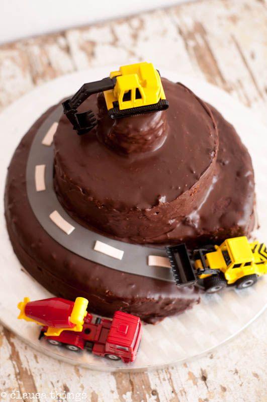 Bagger Kuchen Geburtstag In 2019 Pinterest Birthday Kuchen