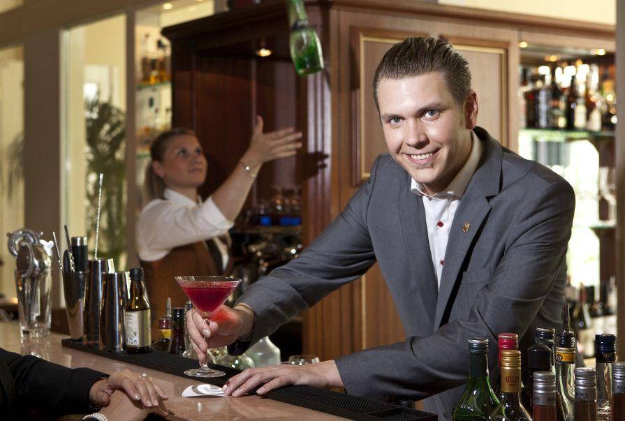 Uwe Angerbauer u2013 Bar Manager backstage Kempinski Hotel Frankfurt - bar manager