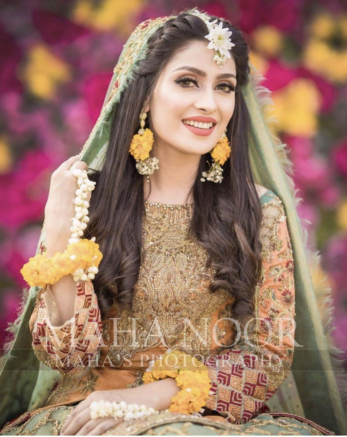 Mehndi Bride Dress Inspo Pakistani Bridal Hairstyles Pakistani Bridal Makeup Pakistani Wedding Hairstyles