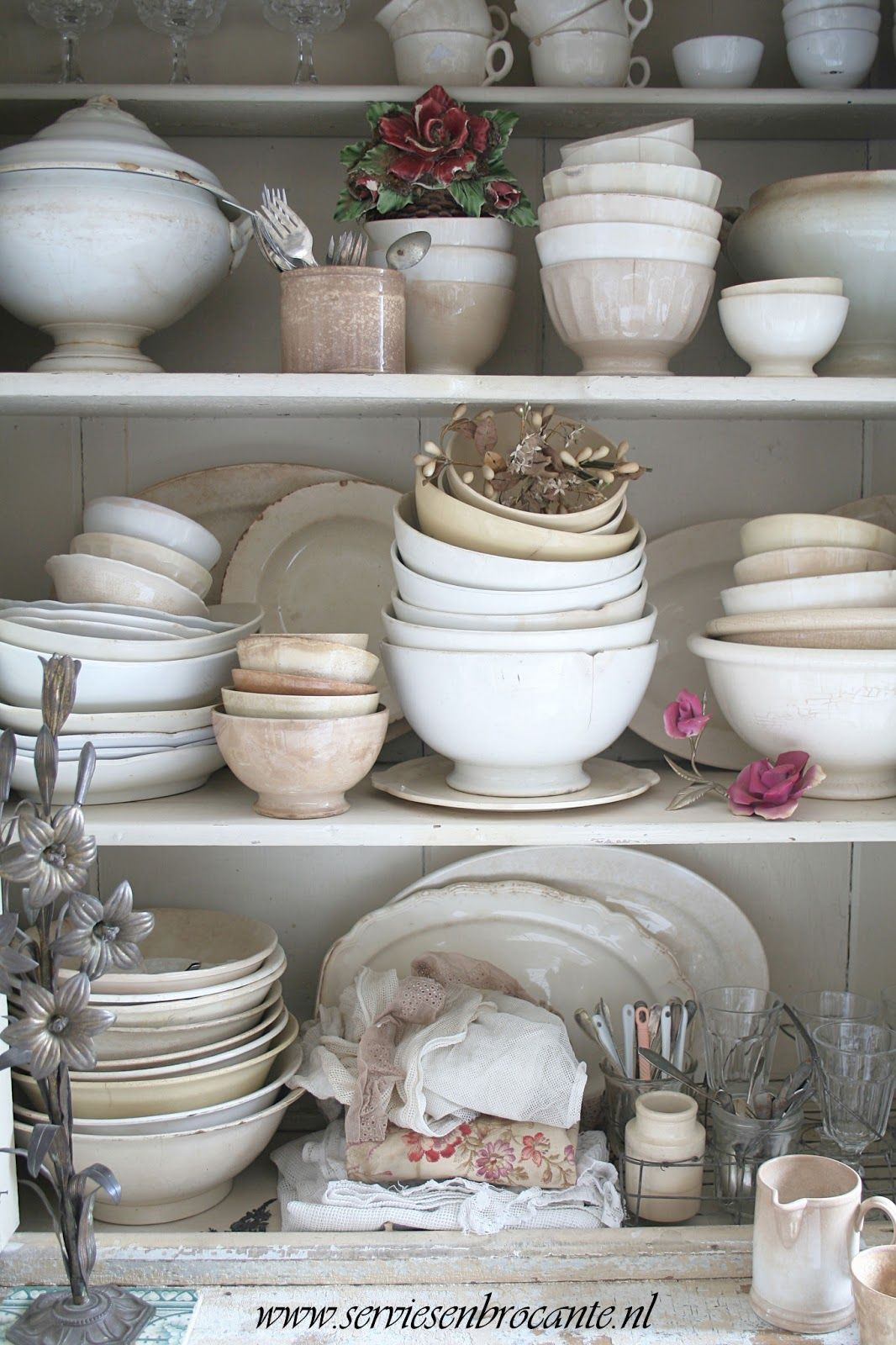 Servies En Brocante.Servies En Brocante 2013 Ironstone 3 White Dishes