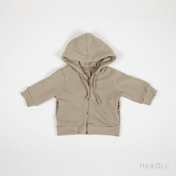 2fa2caa5c87 Sudadera beige con capucha y bolsillos de cremallera (unisex) de Douuod.   boy