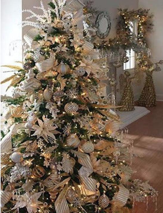 50 Hermosas Ideas Para Decorar Tu Arbol De Navidad En Diferentes - Arboles-de-navidad-dorados