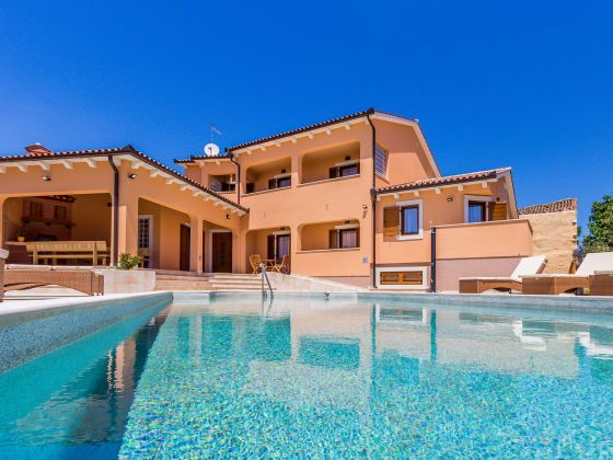 Ferienhaus Kroatien Villa Barrierefrei mit Pool in Medulin