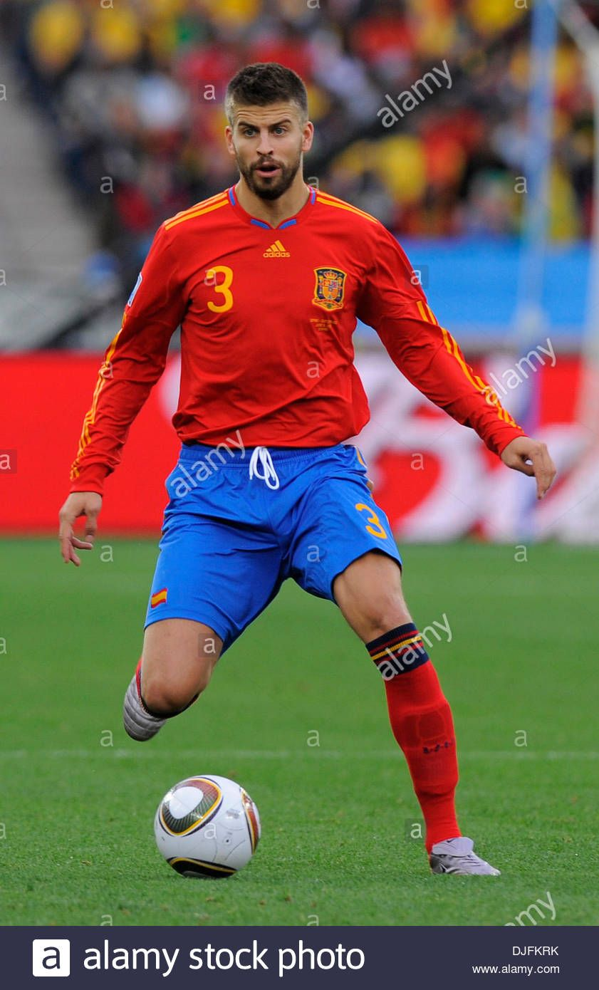 Download This Stock Image Gerard Pique Of Spain Fifa World Cup 2010 Group H Spain V Switzerland 16th June 2010 Cred In 2020 Gerard Pique Fifa World Cup World Cup