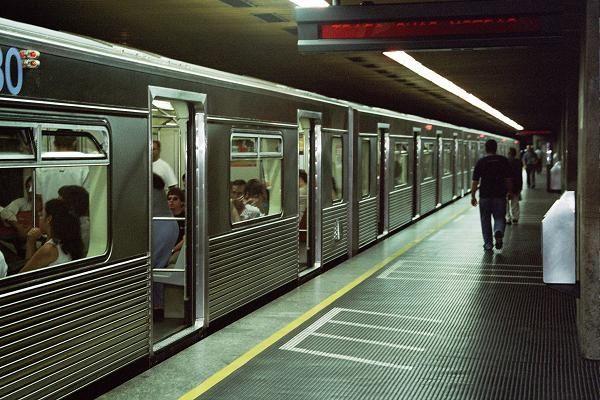 Metrô de SP tem uma das menores malhas do mundo