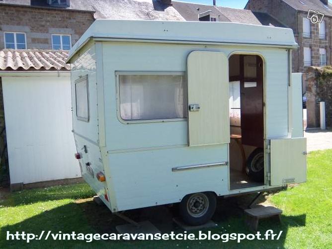 mini caravane pliante source google image. Black Bedroom Furniture Sets. Home Design Ideas