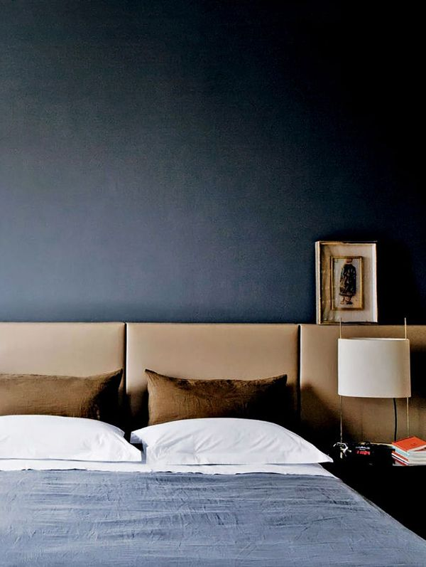 A SINGLE MAN Some Masculine Bedrooms For The Fellas Bedrooms Simple Male Bedroom Color Schemes