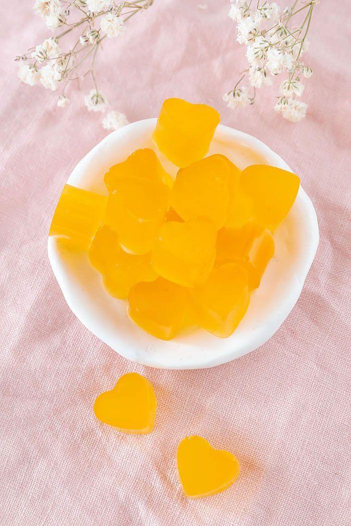 Photo of Fruchtgummi selber machen mit wenig Zucker – DIY-Geschenk zum Mut