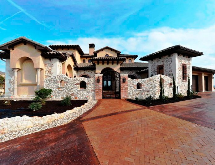 Tuscan Home With Beautiful Colors Stone Rock Stucco And Brick Wonderful Mix Of Textures Mediterranean House Plans Tuscan Style Homes Tuscan House