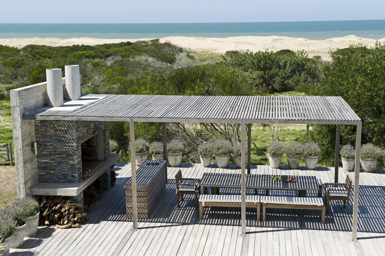Outdoor barbecue casa pinterest churrasqueira for Construcciones minimalistas fotos