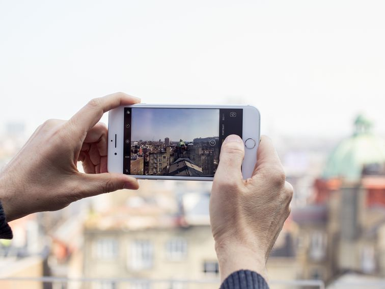 Awesome Phone Photography How To Take Great Looking Pictures On Iphone Or Android Phone Photography Smartphone Photography Camera Tutorial