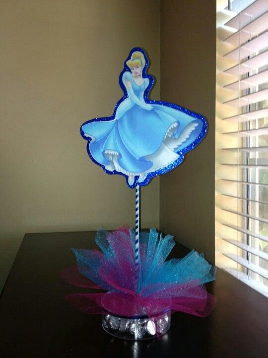 Cinderella centerpiece ideas for Karina's - Cinderella Centerpiece Laura Bday Ideas Pinterest Cinderella