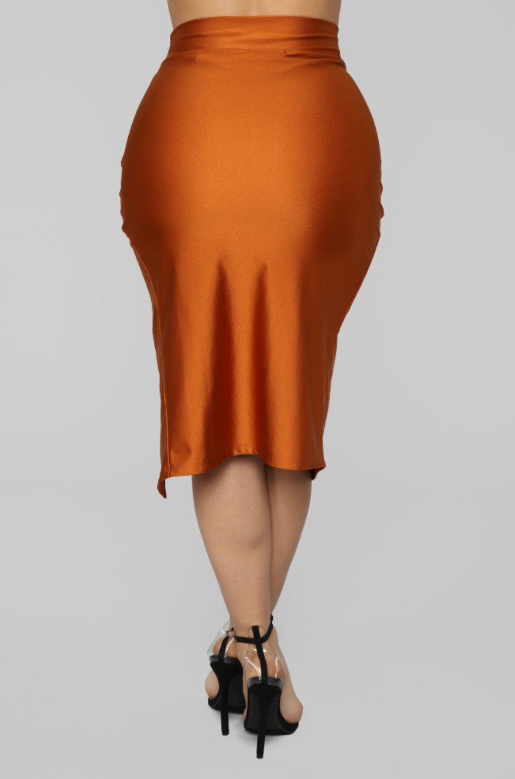 7031434d1 Janet Guzman, Midi Skirt, High Waisted Skirt, Curves, High Waist Skirt,