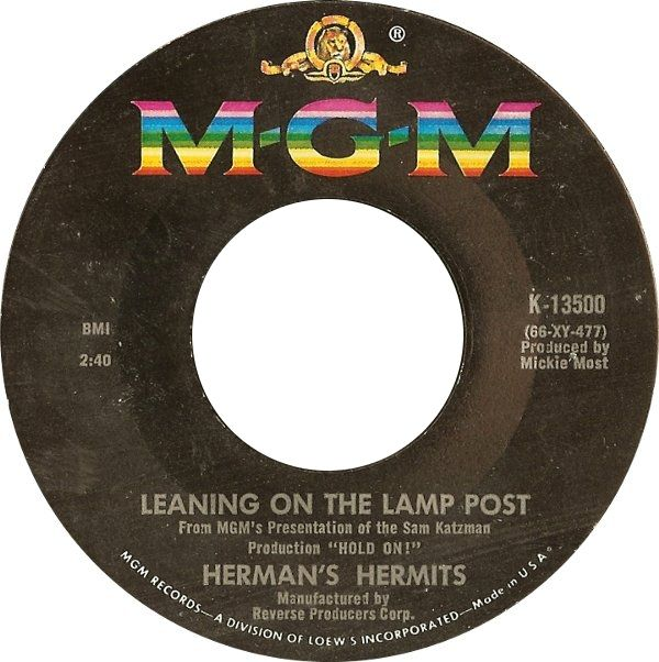 Herman S Hermits Leaning On The Lamp Post Mgm 13500 Rel Apr 1966 In 2020 Lamp Post Herman S Hermits Post