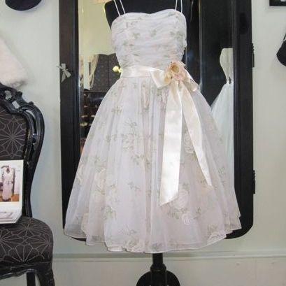 Fur Coat No Knickers :: Vintage Bridal