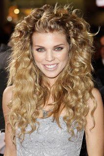 Pelo Rizado Suelto Peinados Peinados Estilos De Pelo