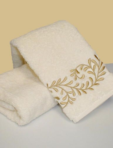 Custom Color Embroidered Bath Towels Egyptian Cotton Bath Towels Floral  Printed