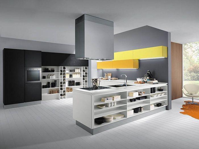 Современная кухня оформлена в стиле модерн в серых тонах с желтыми ...