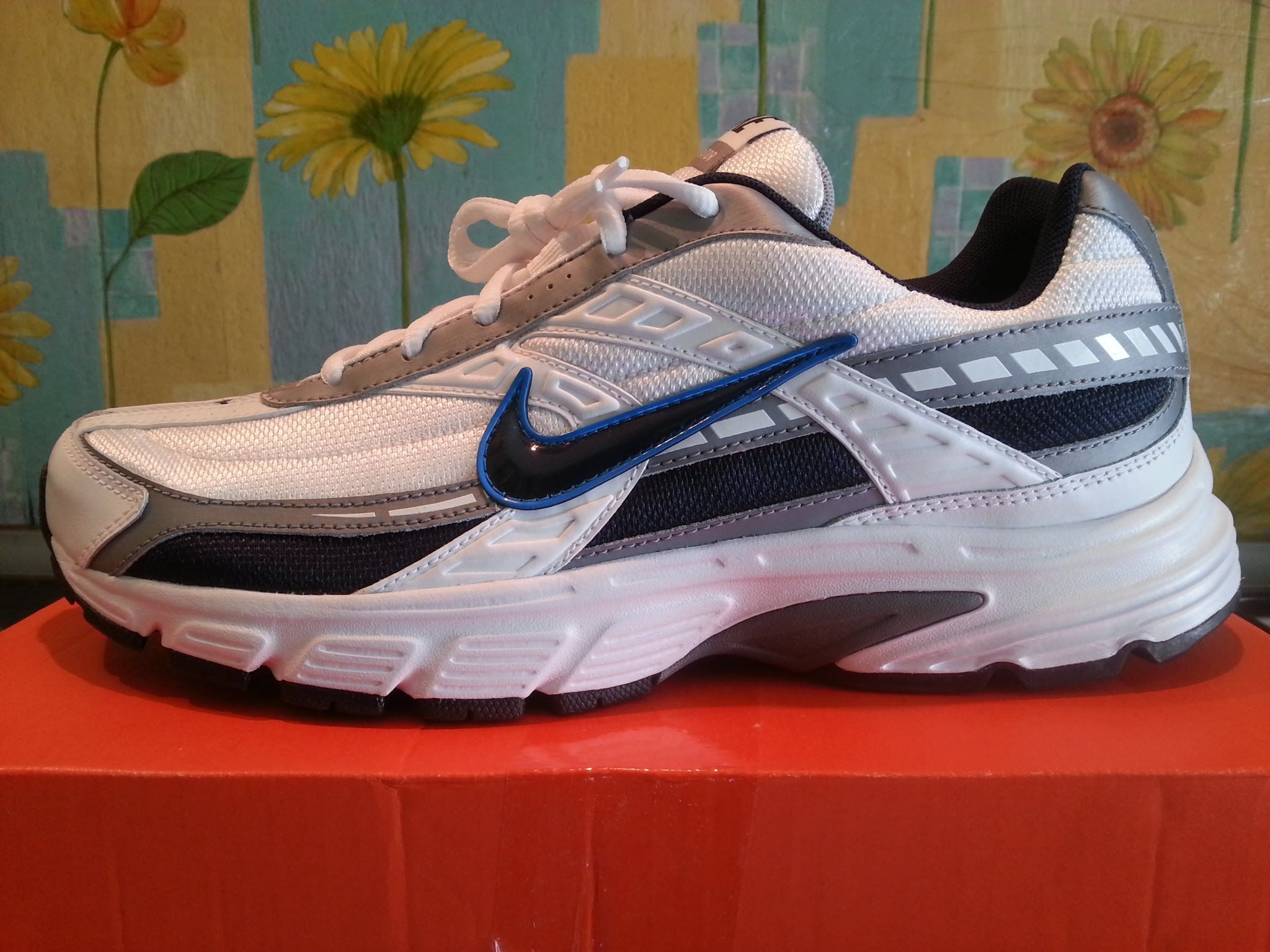 Nike Initiator Men's Running Shoes Full HD 1080p Unboxing #NikeInitiator