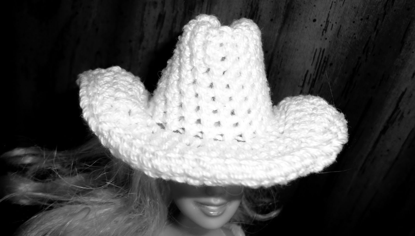 The Cowboy Cowgirl Free Barbie Hat Crochet Pattern | Barbie Clothes ...