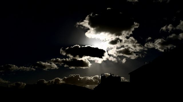 P1340080 Cloud Silhouette... by Tadie88, via Flickr
