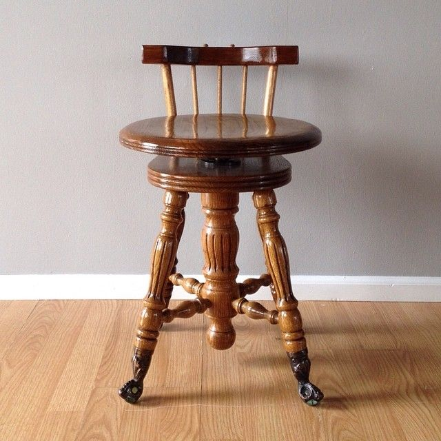 Vintage Claw Foot Piano Stool With Low Back And Swivel Adjustable Height  Seat. Ornate Metal