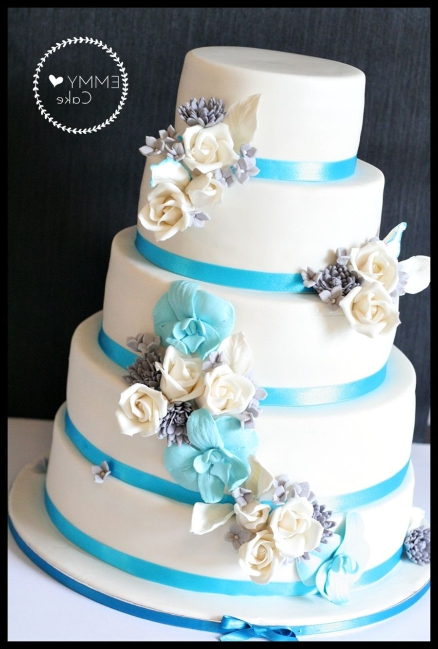 White wedding cake with blue flowers wedding dress pinterest white wedding cake with blue flowers izmirmasajfo